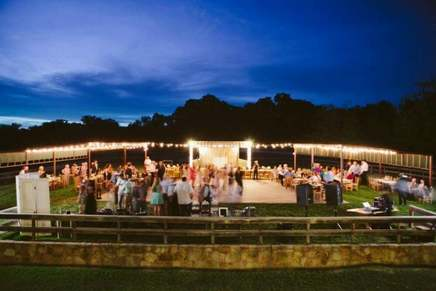 Willow Lake Event Center Weatherford Texas An Outdoor Dance At The Barn Gardens Is Another Venue Located On Property Management Wlec